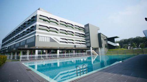伊顿国际学校-游泳池