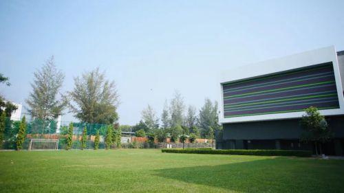 伊顿国际学校-足球场